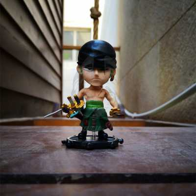 One Piece Zoro figure